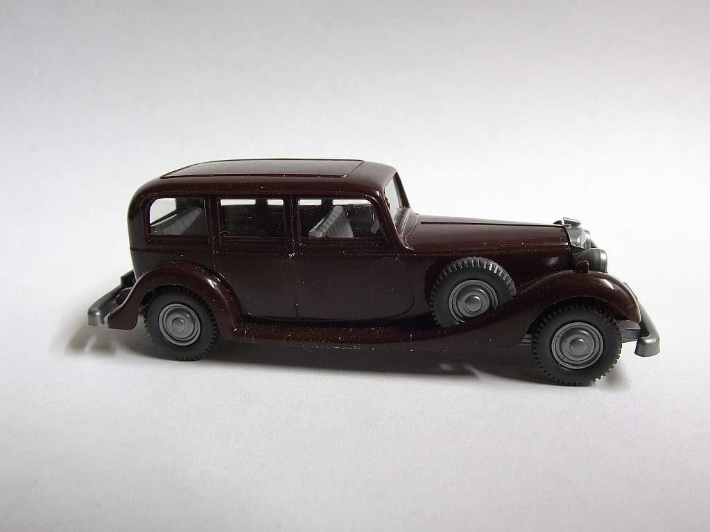 825/C schwarzrot