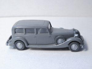 825/B basaltgrau, Lenkrad creme